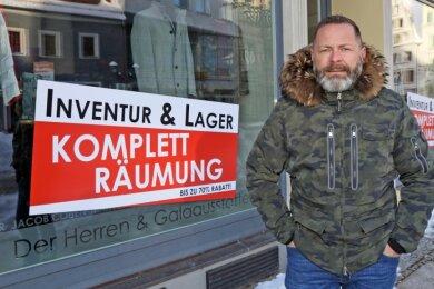 Geschäftsmann Ronny Scheibner ist im Behördendickicht gefangen.