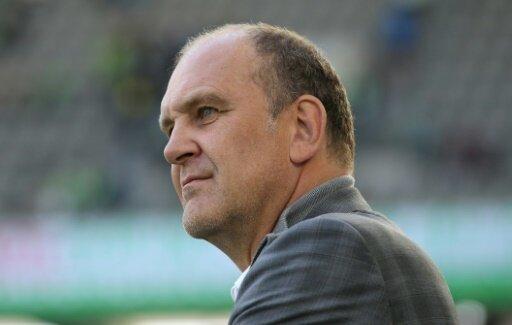 Jörg Schmadtke denkt über eine Gehaltsobergrenze nach