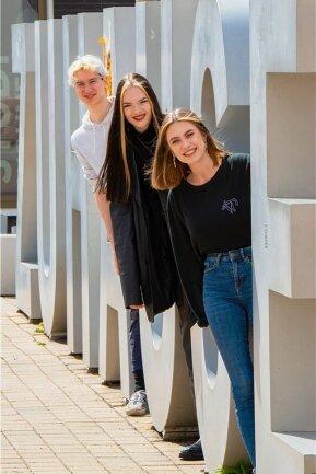 """""""Wir sind mit unserem Lebensstil Hauptverursacher des Klimawandels."""" Davon sind die Chemnitzer Fridays-For-Future-Aktivisten Martin Graf, Paula Schwendel und Victoria Teuchert (von links) überzeugt."""