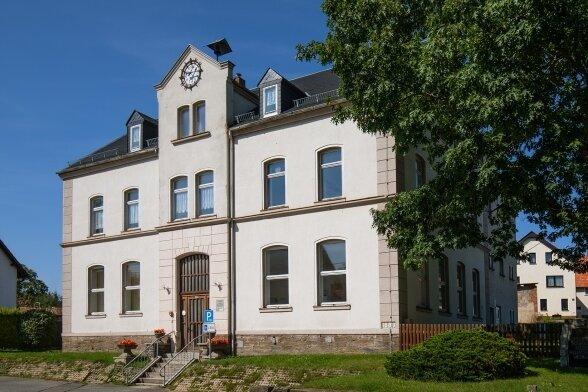 Das Gebäude der ehemaligen Schule in Reichenbach hat perspektivisch als Kommunale Begegnungsstätte ausgedient.