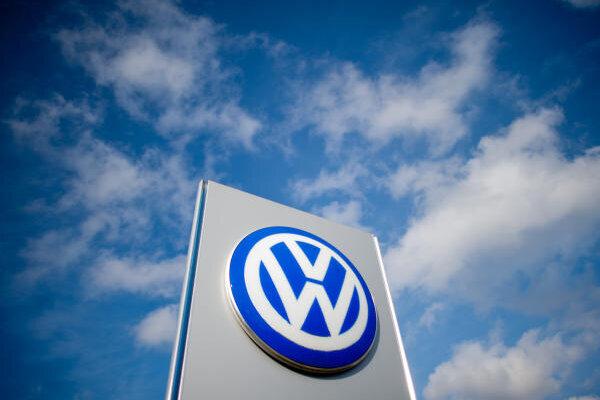 Aufgrund des Abgasskandals müssen sich deutsche Gerichte derzeit mit rund 2500 Klagen gegen Volkswagen oder VW-Händler befassen.