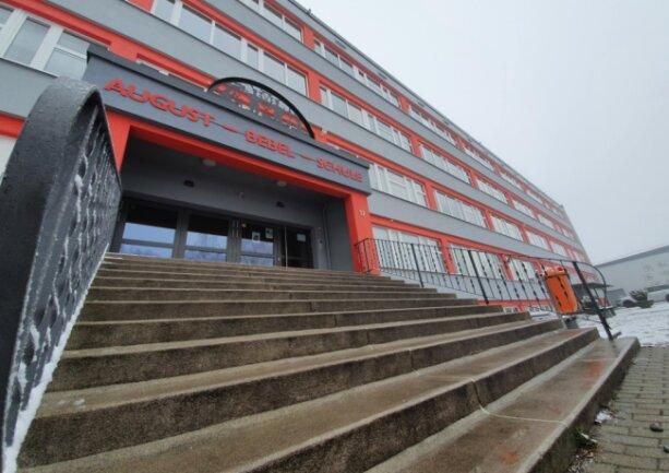 Auch in der Zschopauer August-Bebel-Schule soll ab 8. Februar wieder der Unterricht beginnen.