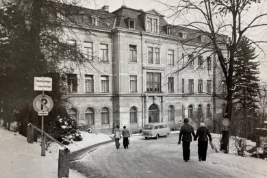 Zu DDR-Zeiten war die Auer Kinderklinik im Diakonissenhaus an der Schneeberger Straße untergebracht.