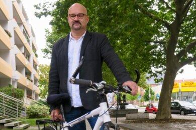 Direktkandidat Wolfgang Wetzel in der Katharinenstraße in Zwickau.