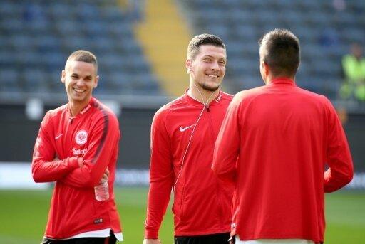 Gacinovic (l.) und Jovic (M.) treffen für die Eintracht