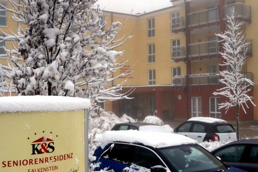 Rund 100 Bewohner hat die Falkensteiner Seniorenresidenz - seit einem Monat gilt ein Besuchsverbot. Ausnahme sind Palliativ-Fälle.