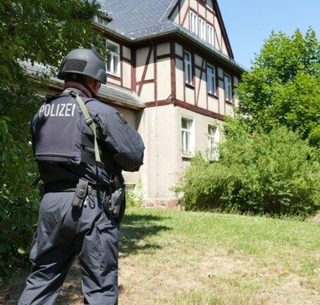 Ein leer stehendes Haus in Mittweida wurde für die Übung genutzt.
