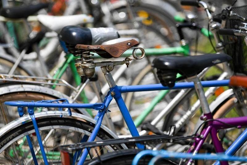 Polizei kontrolliert Radfahrer: Viele in falsche Richtung unterwegs