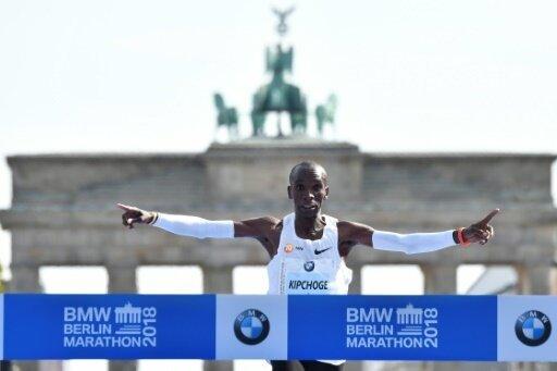 Marathon: Kenianer Kipchoge stellt Weltrekord auf