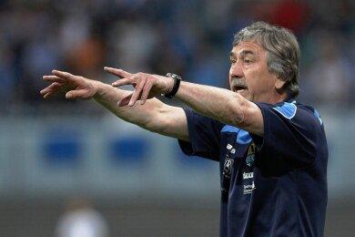 Immer ehrgeizig an der Seitenlinie: Trainer Gerd Schädlich. Nach seiner Zeit beim CFC war er noch als Scout beim Halleschen FC tätig.