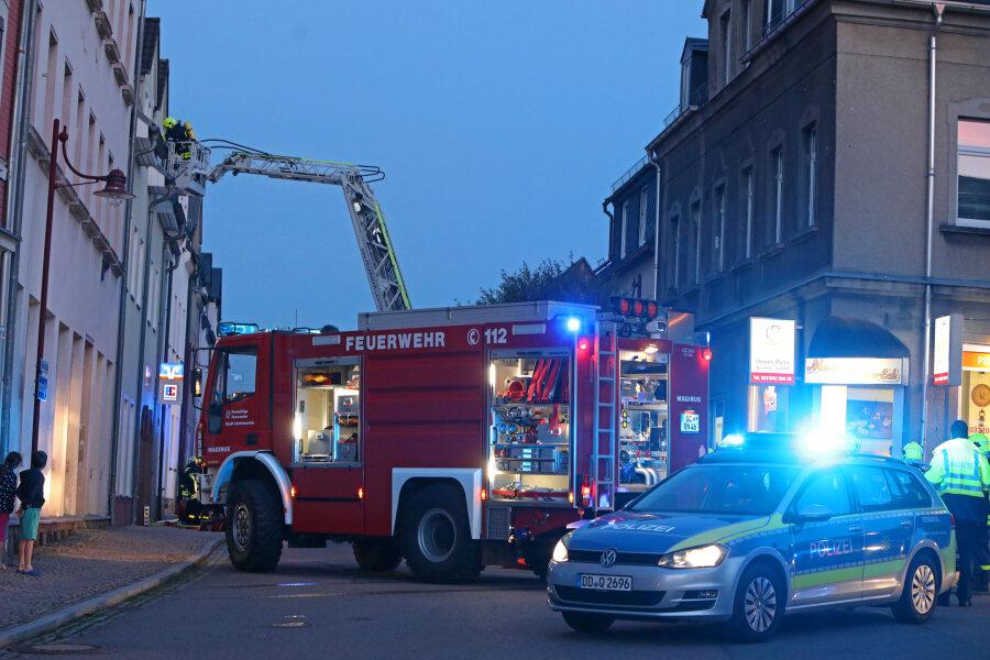 Küchenbrand: 26-Jähriger löst Feuerwehreinsatz aus