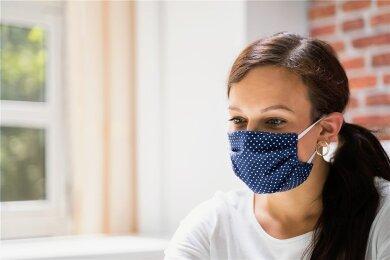 Angst vor einer Ansteckung - trotz Maske.