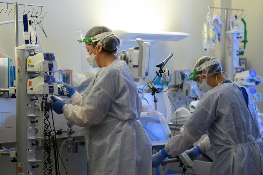 In Sachsens Krankenhäusern wurden am Freitag mehr als 1500 Covid-Patienten behandelt.