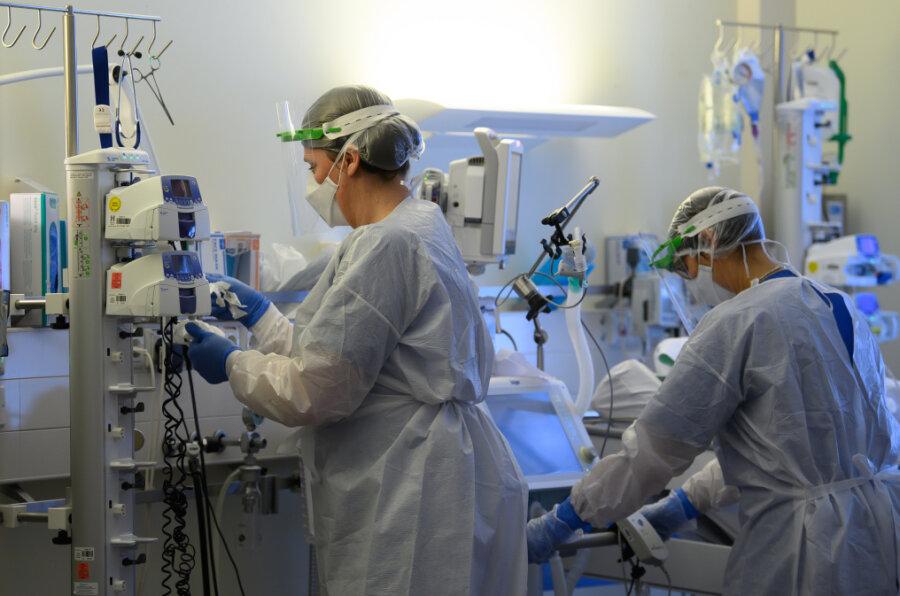Corona-Lage in Zwickau: Mehr Patienten müssen beatmet werden