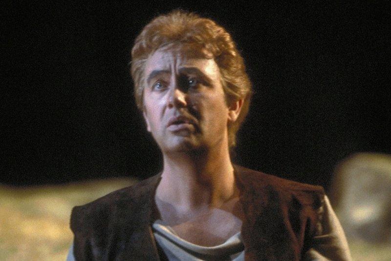 """Nicht nur in Bayreuth auf dem Grünen Hügel, auch an anderen Opernhäusern sang René Kollo die Partien der wagnerschen Heldentenöre. Das Bild zeigt ihn in der Titelrolle einer """"Siegfried""""-Inszenierung am San Francisco Opera House im Jahre 1984."""