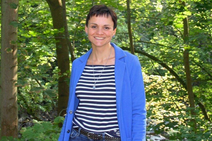 Nora Wetzold vom Chemie-Unternehmen in Mohsdorf ist Mitinitiatorin einer Spendenaktion für einen Garten der Sinne.