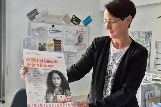 Uta Thiel, Gleichstellungsbeauftragte in Limbach-Oberfrohna. Häufig macht sie die Erfahrung, dass einige denken, sie sei nur für die Interessen von Frauen da. Doch das ist ein Irrtum, sagt sie.