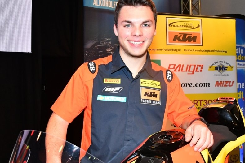 Max Kappler bei der Teamvorstellung auf der Sachsenkrad 2020 in Dresden. Jetzt hat der 23-Jährige seine Rennsportkarriere beendet.