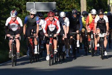 Am 22. Vogtland-Radmarathon nahmen insgesamt 150 Fahrerinnen und Fahrer aus mehreren Bundesländern teil.