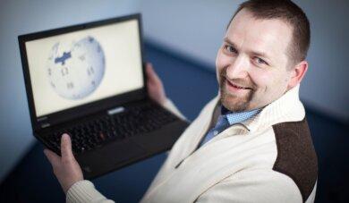 Sammler des Weltwissens: Für Stefan Kühn aus Dresden ist die Wikipedia ein Stück Lebensaufgabe geworden.
