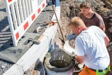 Bald Umleitung: Die Instandsetzung der Dr.-Kurt-Fischer-Straße läuft planmäßig.