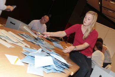 Wahlauswertung in Plauen.
