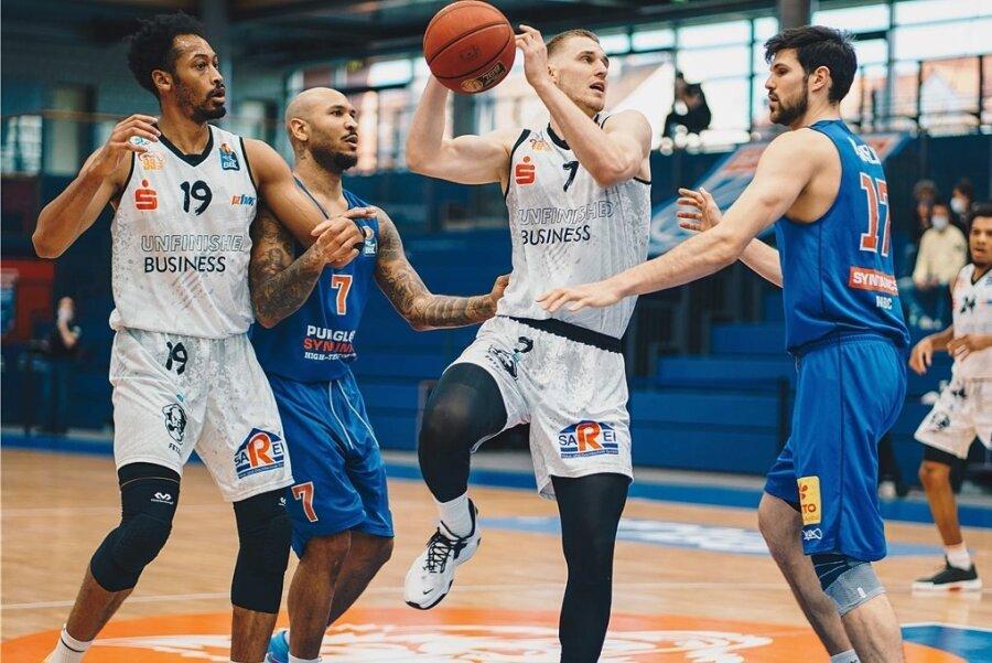 Jonas Richter machte beim 86:84 der Niners in Weißenfels zehn Punkte und holte sechs Rebounds.