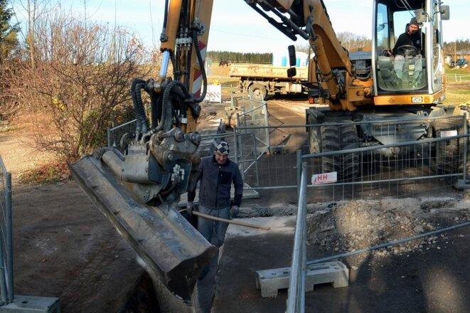 In Wildenau wird eine Gasleitung verlegt