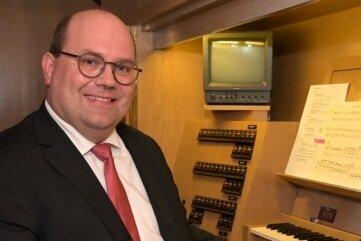 An der Jehmlich-Orgel in St. Wolfgang ist Kirchenmusikdirektor Michael Dorn aus Bayreuth zu hören gewesen.