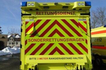 Rückansicht eines Sonderrettungswagens (Symbolfoto)