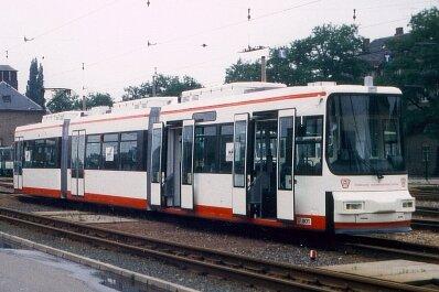 Eine Zwickauer Straßenbahn vom Typ GT6M
