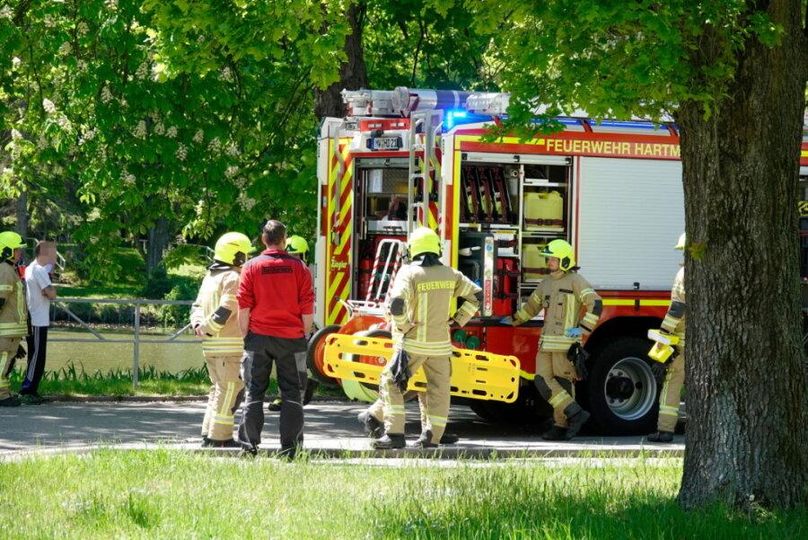 Toter aus Teich in Hartmannsdorf geborgen