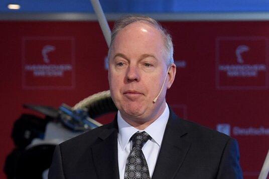 Kent D. Logsdon, Gesandter der US-Botschaft
