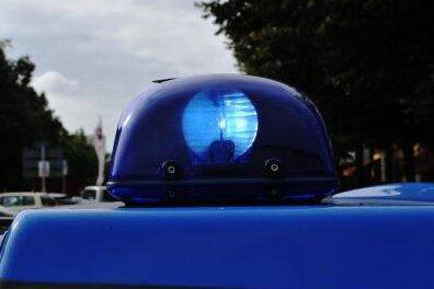 Vier Schwerverletzte bei Verkehrsunfall bei Ostrau