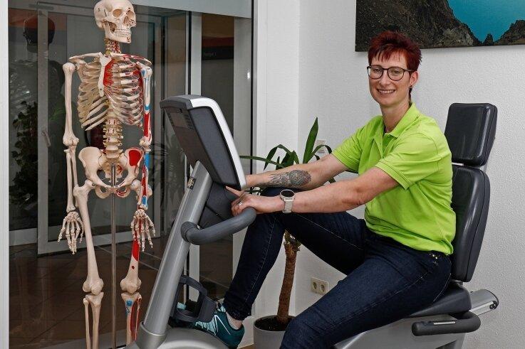 Heike Storch will in den neuen Physiotherapieräumen in der Stadtpassage in Hohenstein-Ernstthal für Bewegung sorgen.