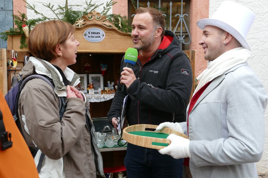 MDR-Moderator Silvio Zschage hat auf seiner Tour durch Sachsen Station in Scharfenstein gemacht.