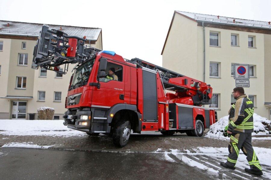 Neue Drehleiter dreht schon Runden durch Hohenstein-Ernstthal