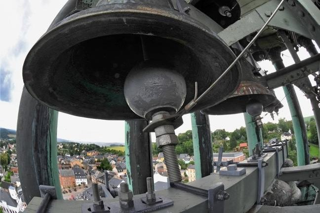 Das Bronzeglockenspiel von Lößnitz.