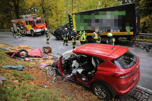 Unfall - Ein Schwerverletzter durch Kollision