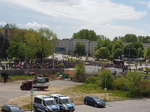 Kraftklub spielt an der Bühne Bahnhofstraße/Zschopauer Straße.