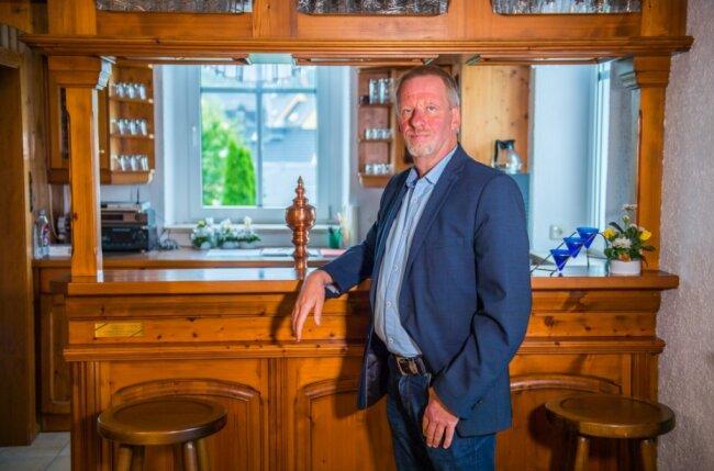 AfD-Direktkandidat Thomas Dietz kommt aus Lugau, ist verheiratet und hat drei Kinder.