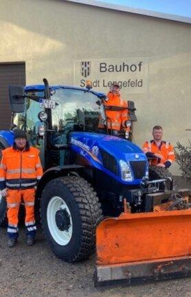 Mit dem neuen Traktor sind die Bauhof-Mitarbeiter von Pockau-Lengefeld für den Winterdienst gerüstet.