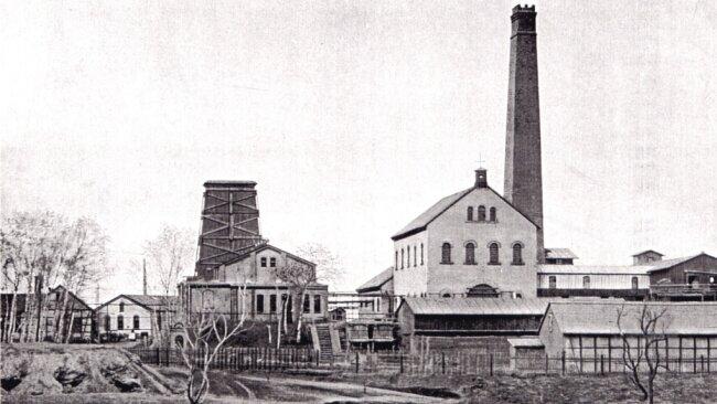 Der Segen-Gottes-Schacht befand sich in der Nähe der späteren Schwimmhalle an der Flurstraße. (um 1860).