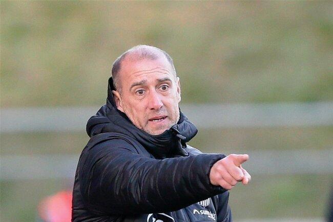 Das Team von FSV-Trainer Joe Enochs hat sich in der Defensive stabilisiert. Gegen Magdeburg soll hinten die Null stehen.