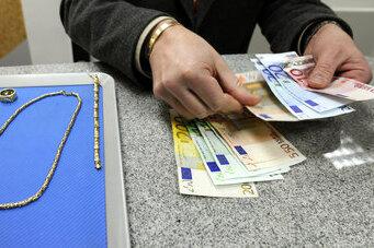 Knapp bei Kasse: Pfandhäuser helfen immer öfter mit Kredit aus