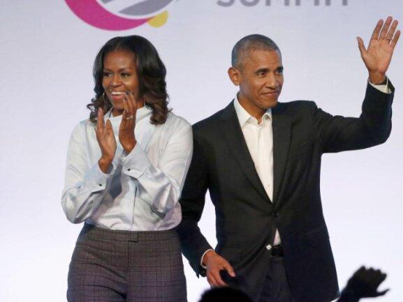 Auch Barack Obama und seine Frau Michelle gratulierten denAbsolventen online.