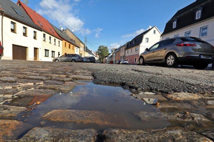 Der Bau der Breiten Straße kostet die Stadt Glauchau unverschuldet knapp 120.000 Euro mehr.