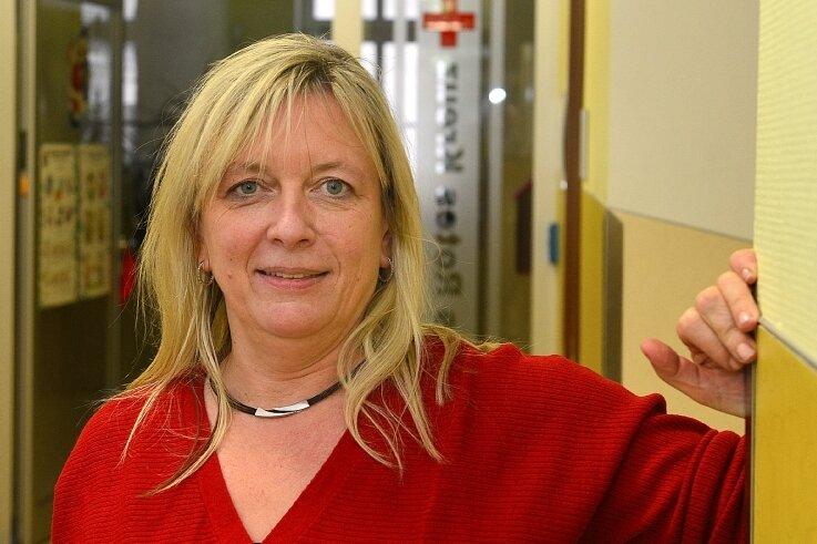"""Annette Wüchner im Hort """"AlberTina"""" in Hainichen. Sie ist auch für den Cap-Markt in Waldheim verantwortlich."""