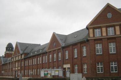 Das einstige Verwaltungsgebäude in Brand-Erbisdorf ist heute ein Gewerbepark. Der Name ist geblieben: Elite.