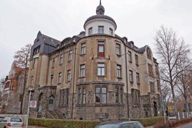 Das Haus an der Kolpingstraße ist Sitz des Kulturamts. Die Stadt will es gegen das Hotel Wagner tauschen.